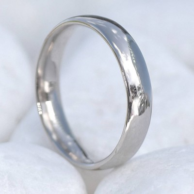 18ct Gold Wedding Ring, 4mm Comfort Fit - Handcrafted & Custom-Made