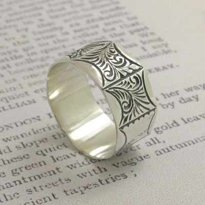 Mens Victorian Style Ring - Handcrafted & Custom-Made