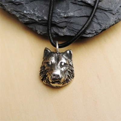 Silver Wolf Head Necklace - Handcrafted & Custom-Made