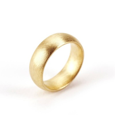 Wide Gents Soft Pebble Wedding Ring 18ct Gold - Handcrafted & Custom-Made